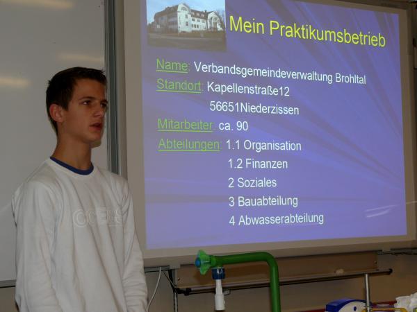 Marc machte sehr positive Erfahrungen auf der VG-Verwaltung Brohltal - © Ralf Breuer
